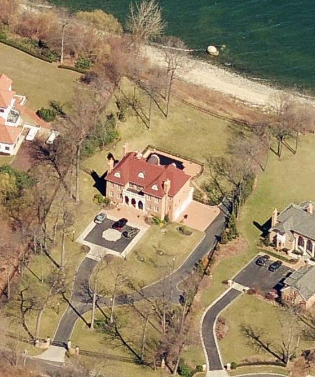 Sean Hannity home profile - Sean Hannity's house in Huntington, New York - Long Island