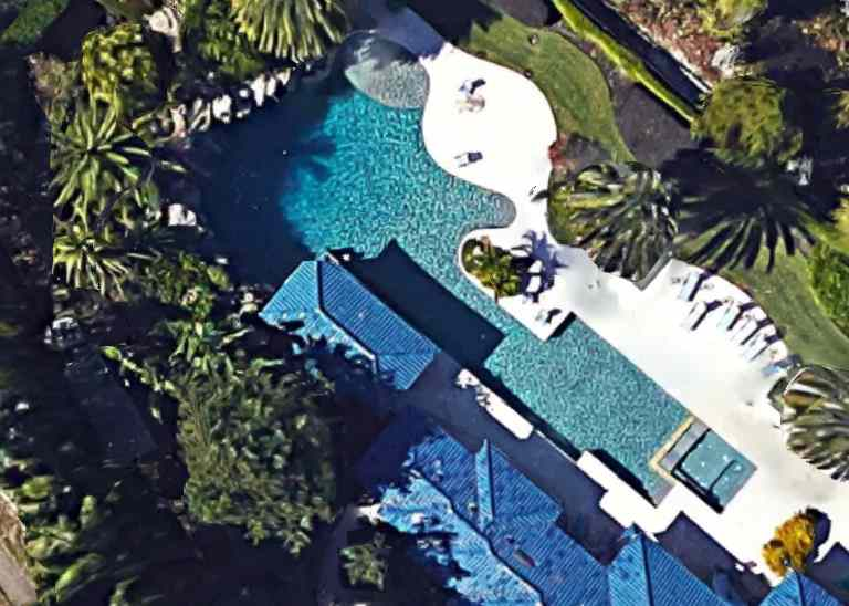 Shaquille O'Neal's Swimming Pool Windermere, Florida